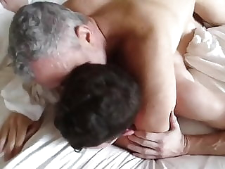 two daddies fuck young man twink (gay) bareback (gay) old+young (gay)