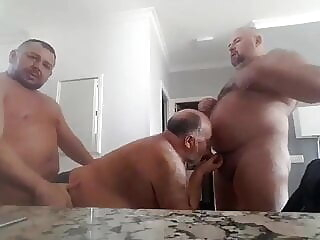 Bearded Chubby Bears 3-WAY: BJ-BB-KISSING-ATM BJ-HJ-BB 3:40 2021-01-10
