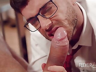 Study Break - Romeo Davis & Manuel Reyes bareback big cock blowjob