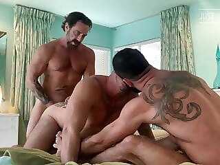 Jake Nicola, Vince Parker and David Krave (JFF) bareback group sex muscle