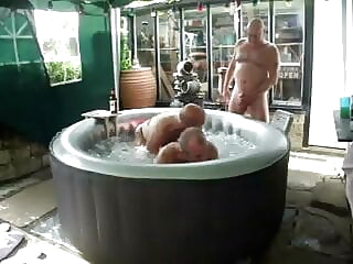 hot tub fun bareback big cock blowjob