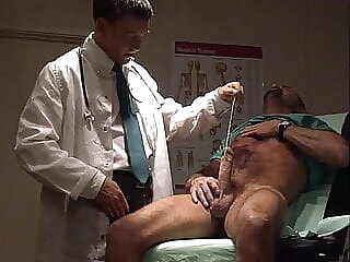 Laid Up big cock blowjob daddy