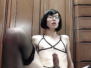 Japanese CD Nicola Masturbates in Bontage Clothing twink amateur asian