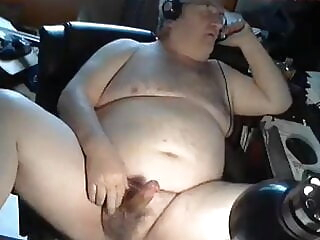 grandpa cum on webcam 48:45 2020-12-20